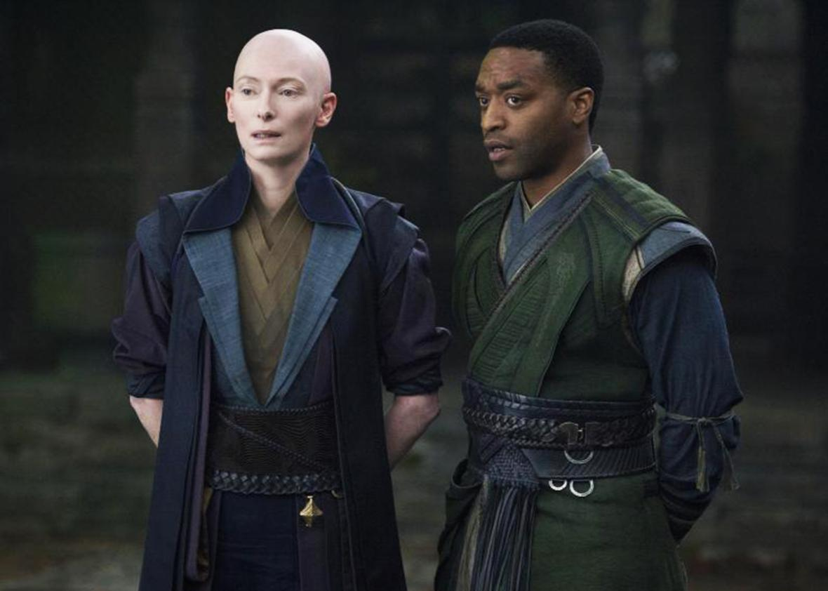Chiwetel Ejiofor and Tilda Swinton in Doctor Strange.