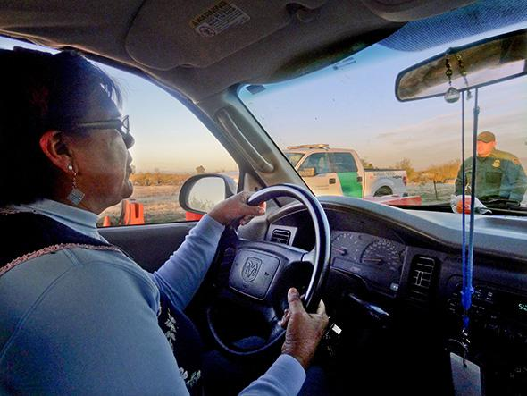Arizona immigration checkpoint criticism: Border Patrol