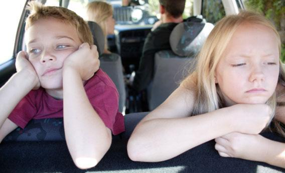 Children on roadtrip.