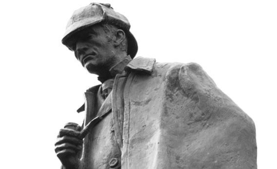 Statue of Sherlock Holmes.