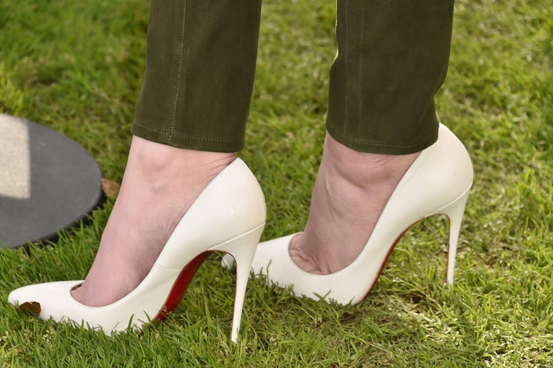 Hailee Steinfeld (shoe detail) attends the Hunter For Target Ultimate Family Festival at Brookside Golf Club on March 25, 2018 in Pasadena, California.