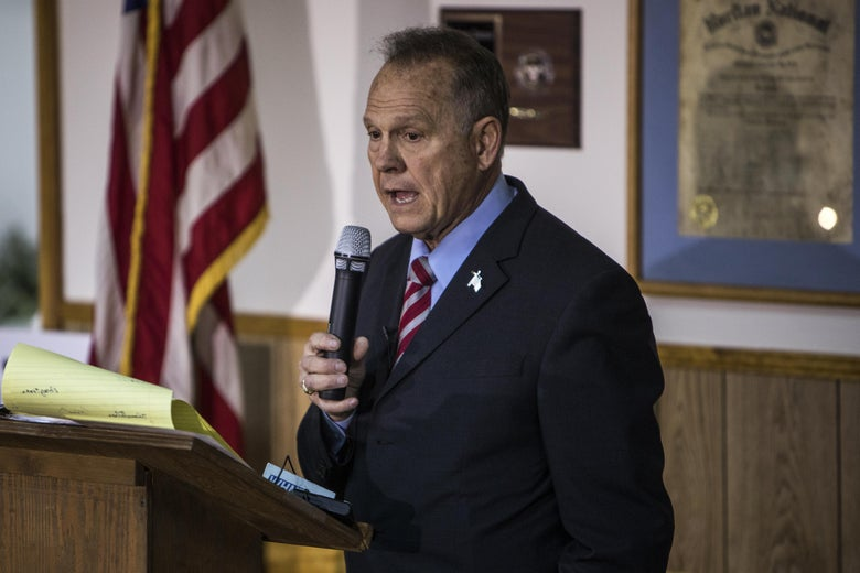 Judge Roy Moore holds a campaign rally on November 27, 2017 in Henagar, Alabama.