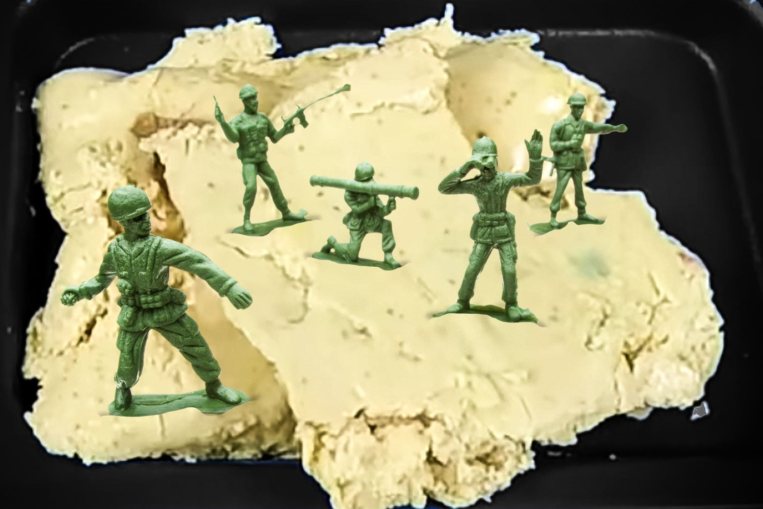 Vomelet with toy soldiers
