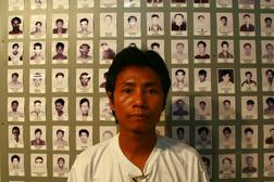 A political prisoner for 14 years, Aung Kyaw  Oo now works to support Burma's prisoners of conscience.  Click image to expand.