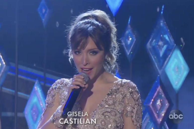 Gisela sings from Frozen 2 in Castilian at the Oscars.