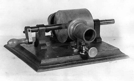 Original Edison tinfoil phonograph.