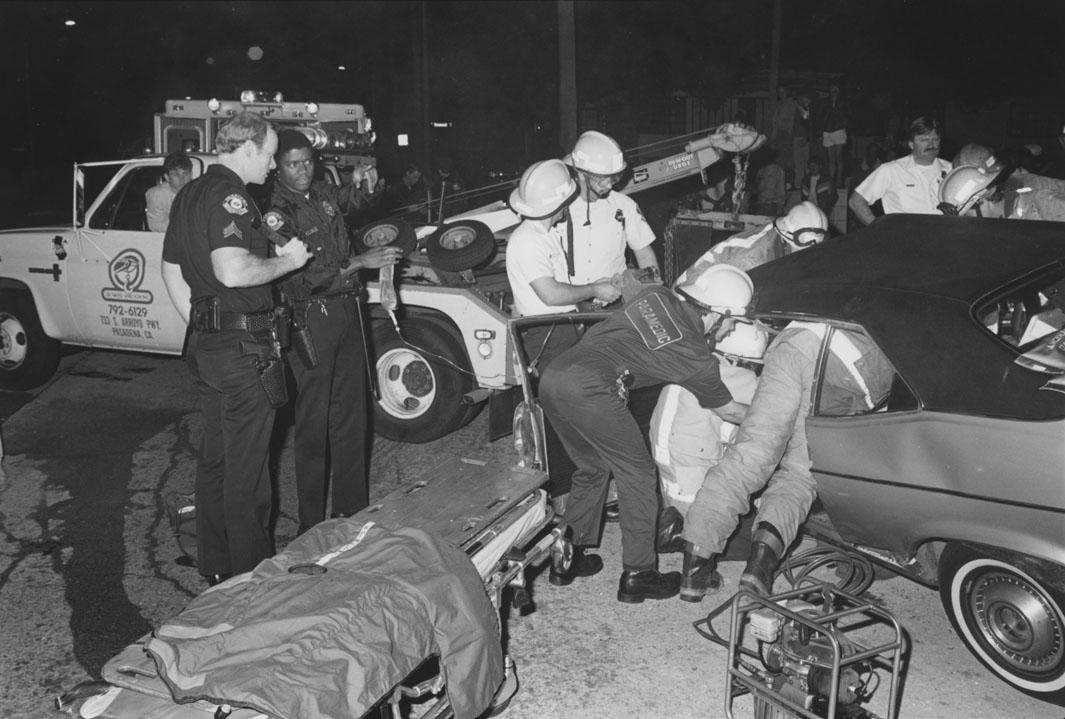 1/3/86 Sgt Wills and Officers Gayles at DUI TC Scene.  Fair Oaks and Tremont