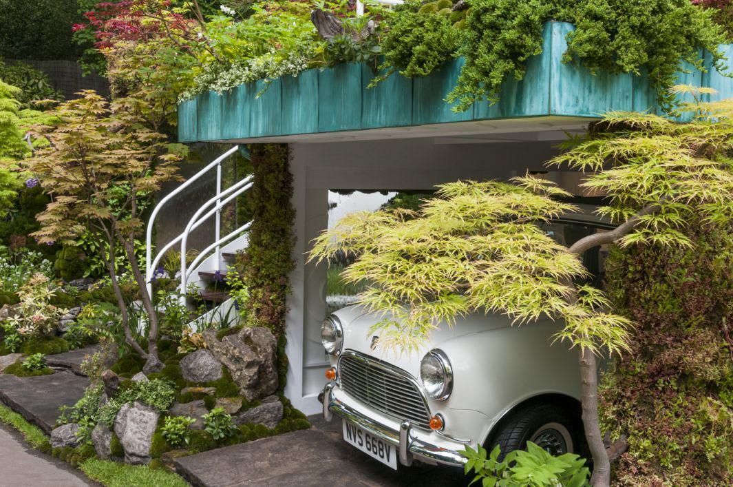 Garage Garden 2