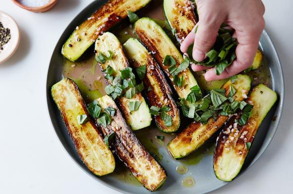 Make-ahead marinated zucchini recipe: The perfect summer side.