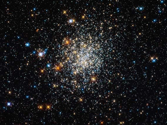 Hubble picture of the star cluster NGC 411