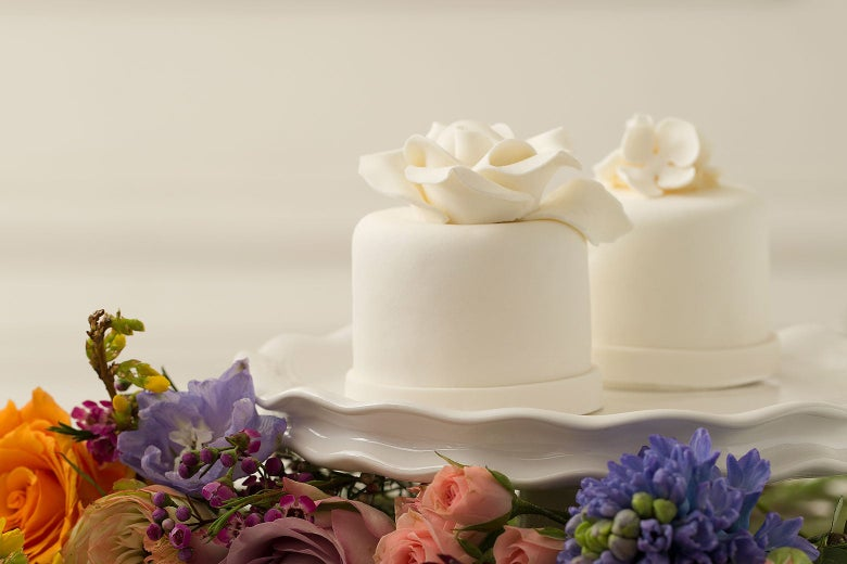 tiny wedding cakes