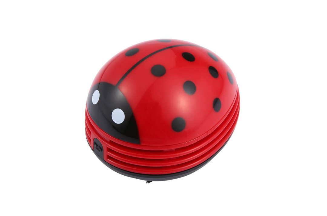 niceeshop ladybug-shaped vacuum.