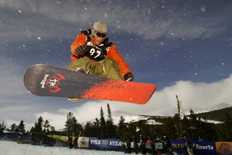 12 Jan 2002:  Todd Richards of Encinitas, California, USA, soars in the halfpipe during the qualifying round of the U.S. Snowboard Grand Prix in Breckenridge, Colorado.   DIGITAL IMAGE Mandatory Credit: Brian Bahr/Getty Images