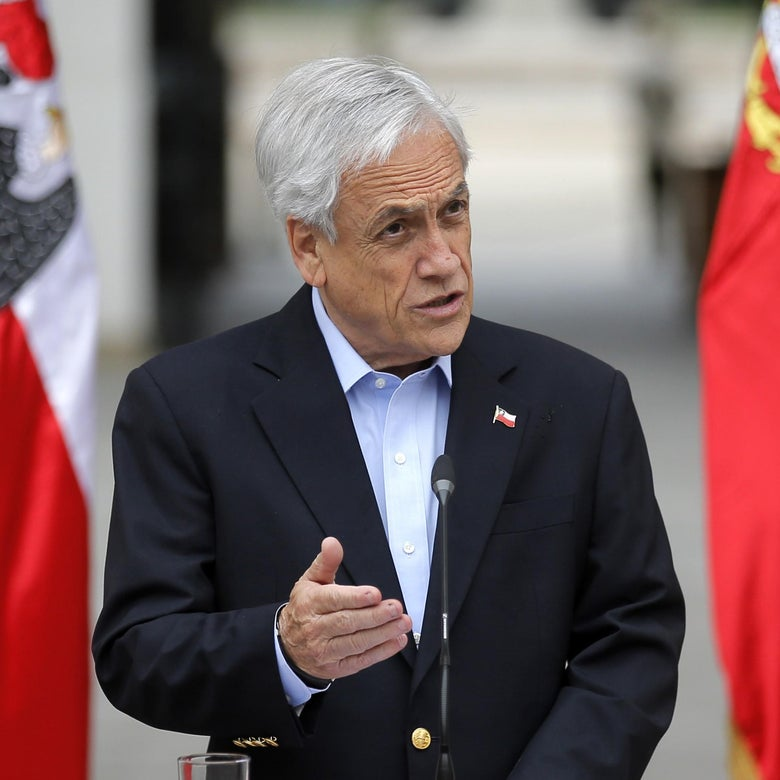 Chilean President Sebastian Pinera addresses the nation in Santiago, on October 26, 2019. - A nighttime curfew in the Chilean capital Santiago was lifted by the military on Saturday after a week of deadly demonstrations demanding economic reforms and the resignation of President Sebastian Pinera. (Photo by Pedro Lopez / AFP) (Photo by PEDRO LOPEZ/AFP via Getty Images)