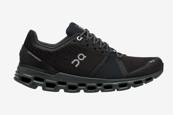 On Running Cloudstratus Running Shoe