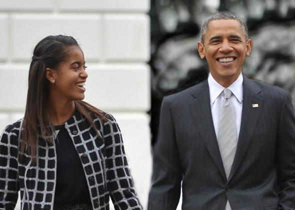 Malia Obama peanut allergy: EpiPen bill for schools and asthma.