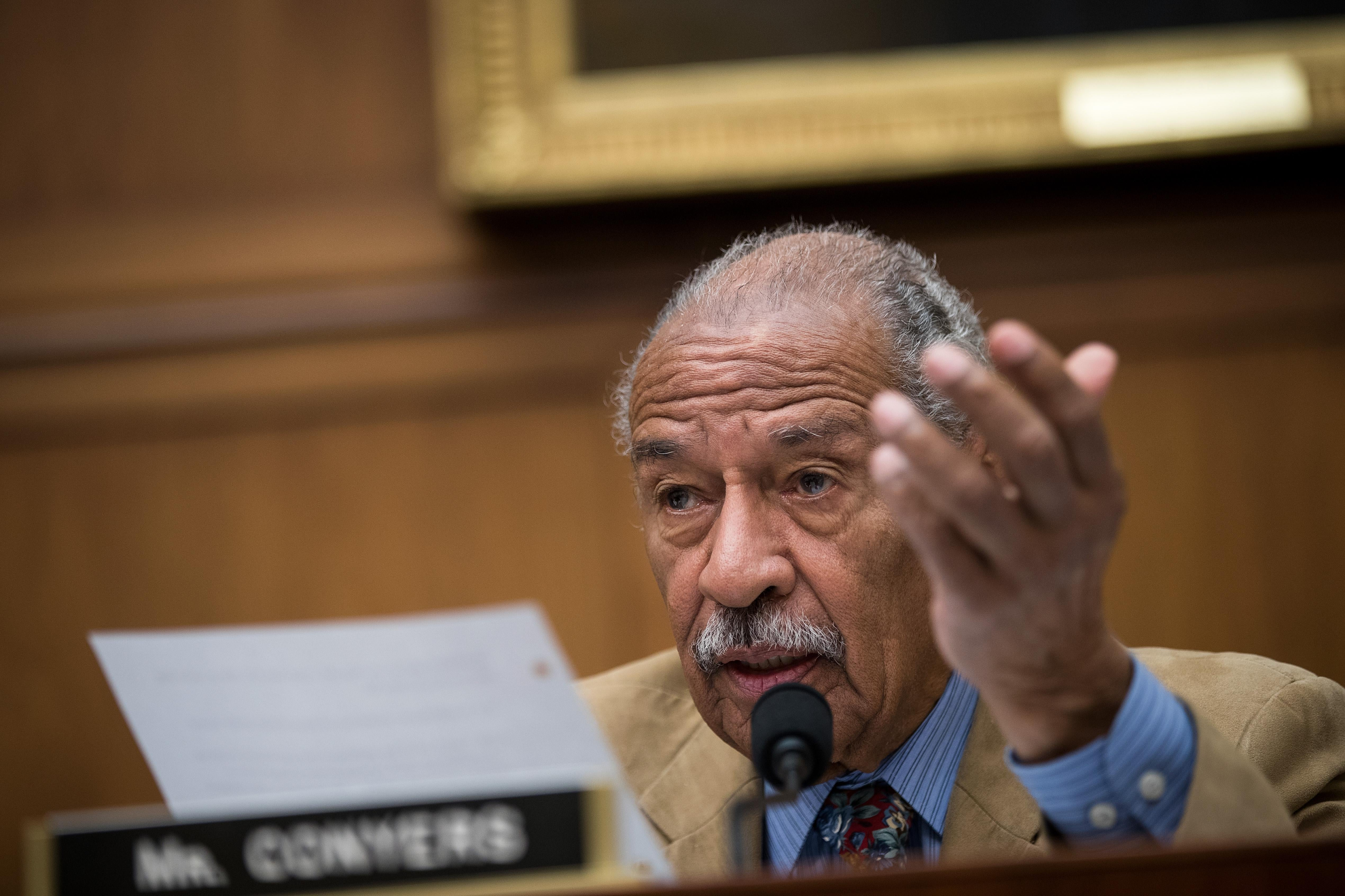 Rep. John Conyers (D-MI) resigned on Tuesday and endorsed his son for the seat.