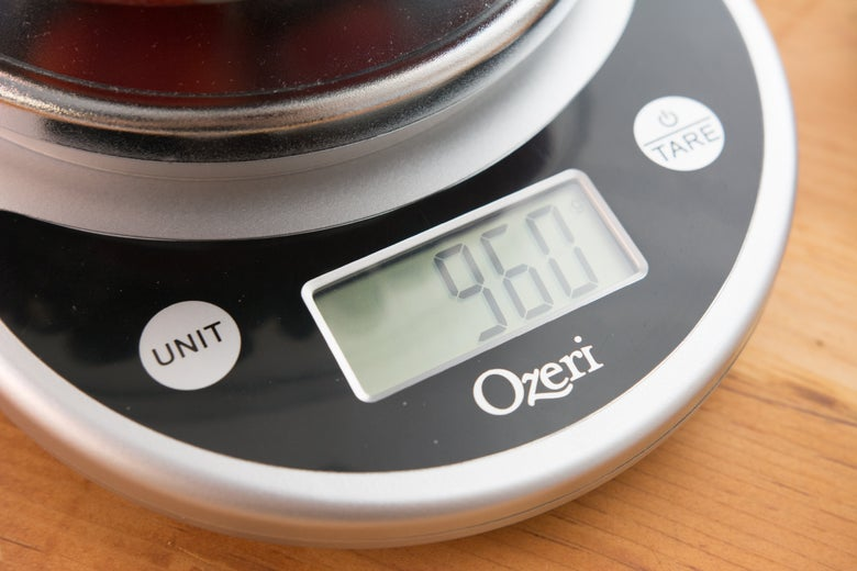 Closeup of the digital screen on the Ozeri scale.