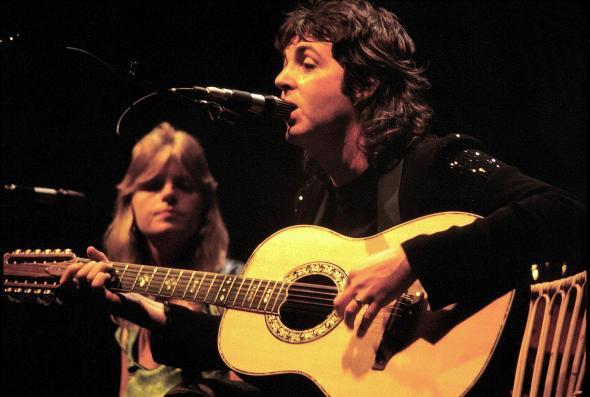 Paul McCartney and Linda McCartney in 1976