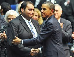 Daniel Hernandez and President Obama. Click image to expand.
