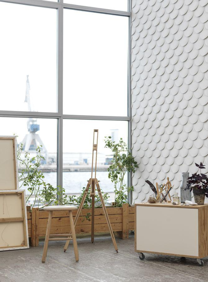 White Walls Don't Have to Be Boring. This Wallpaper Proves It.