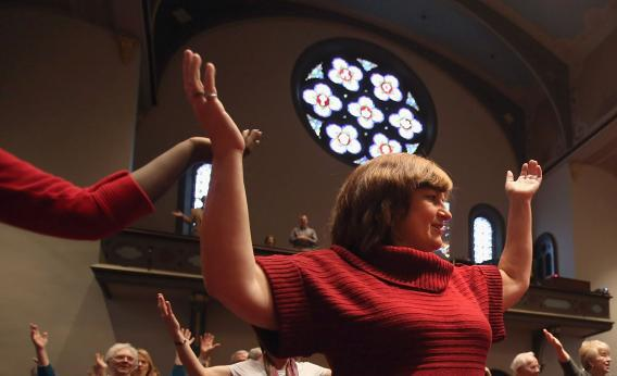 Congregation members attend a Sunday service at the First Presbyterian Church on October 28, 2012 in Warren, Ohio.