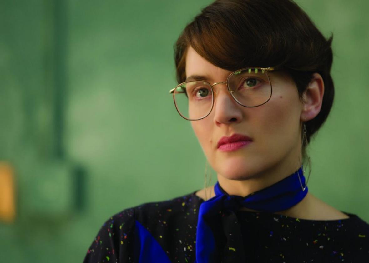Kate Winslet as Joanna Hoffman in Steve Jobs.