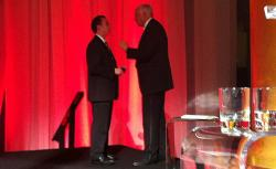 RNC chairman Reince Priebus talks to conservative donor Foster Friess.